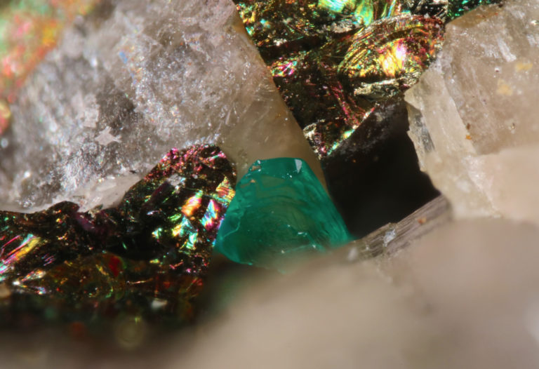 One of Two New Carbon Minerals is First of Its Kind